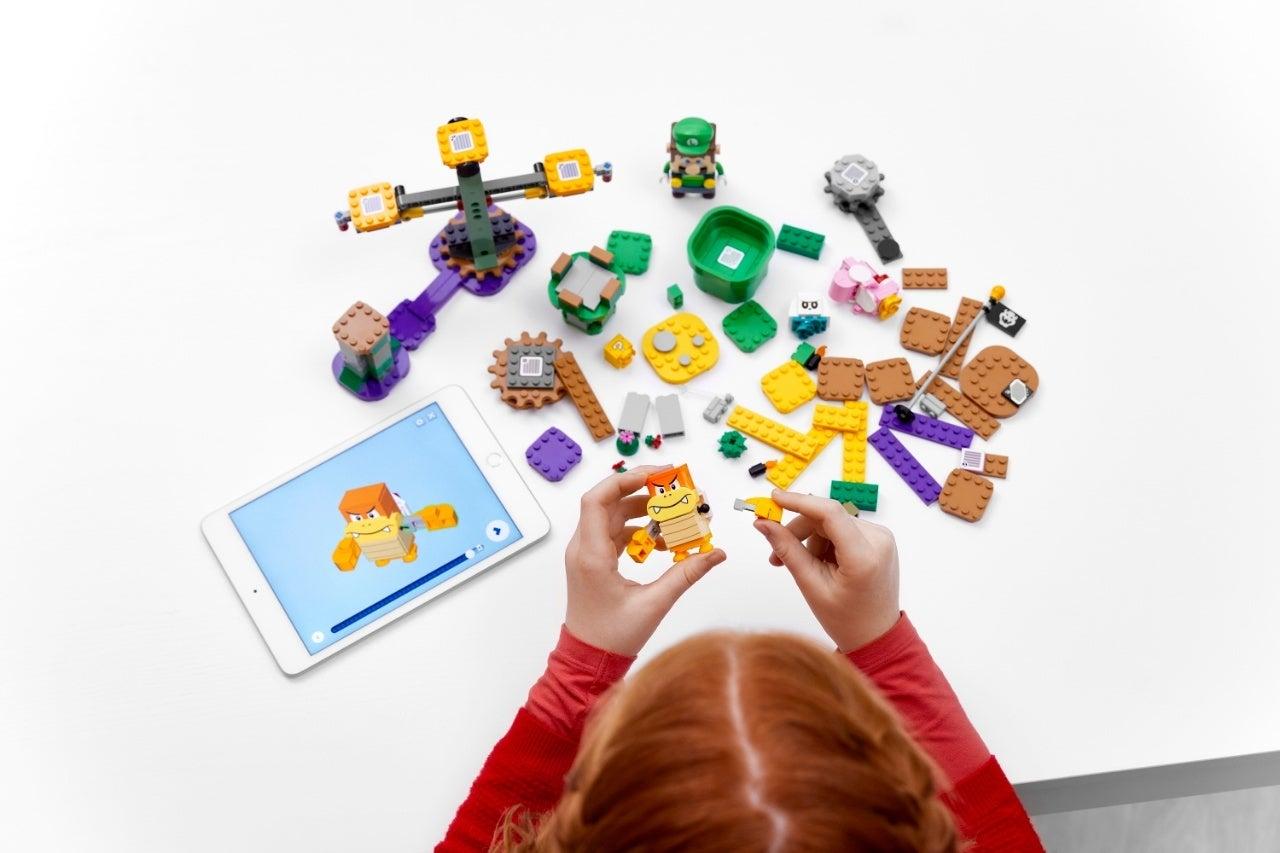 71387_LEGO_Super Mario _2HY21_Build