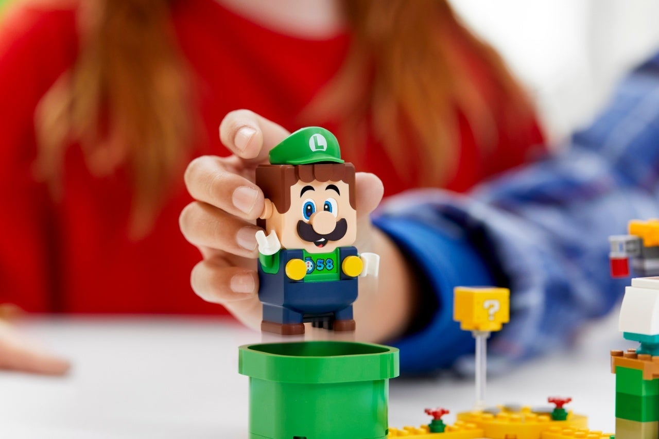 71387_LEGO_Super Mario_2HY21_Reaction_01