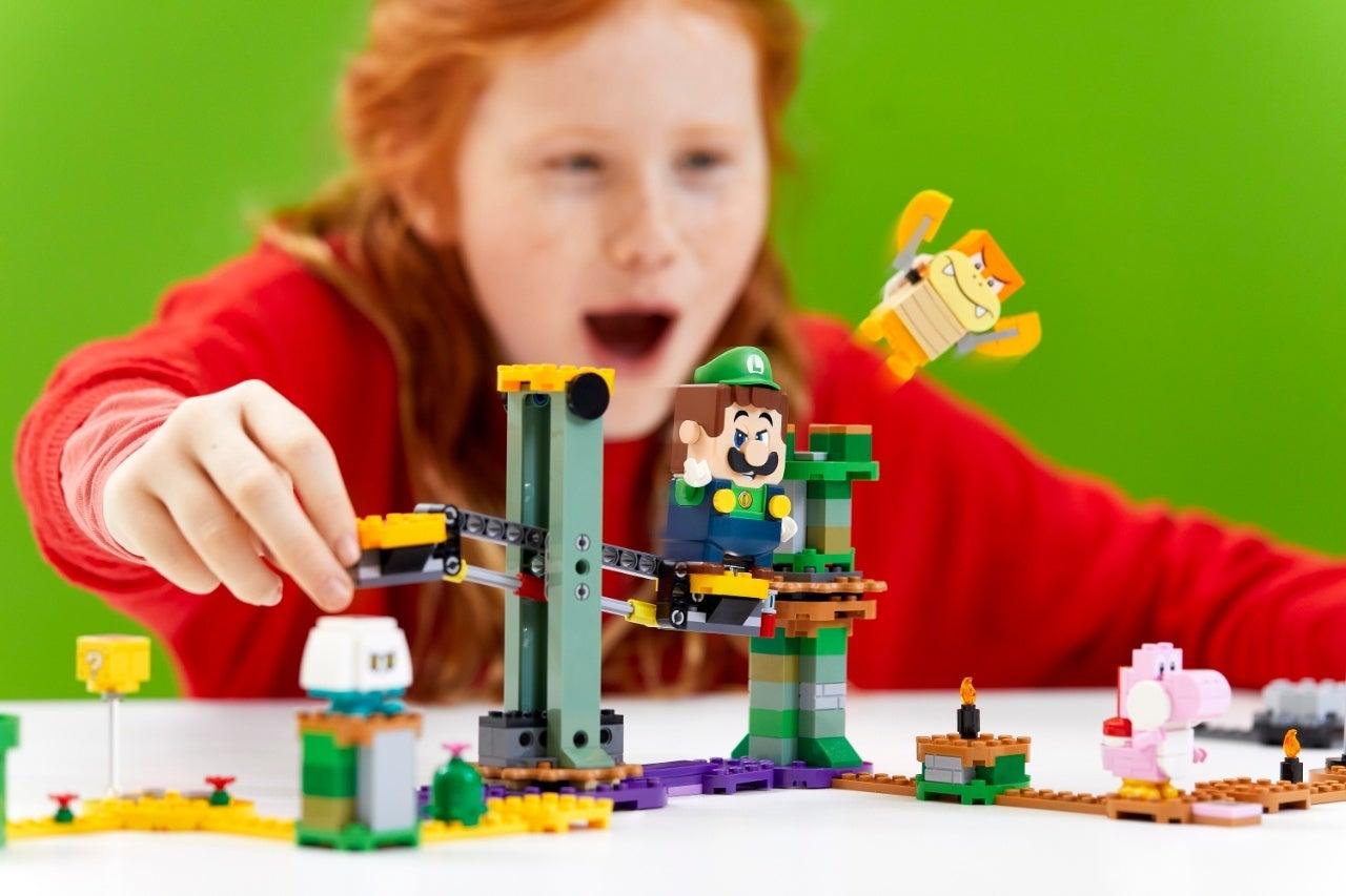 71387_LEGO_Super Mario_2HY21_Reaction_05