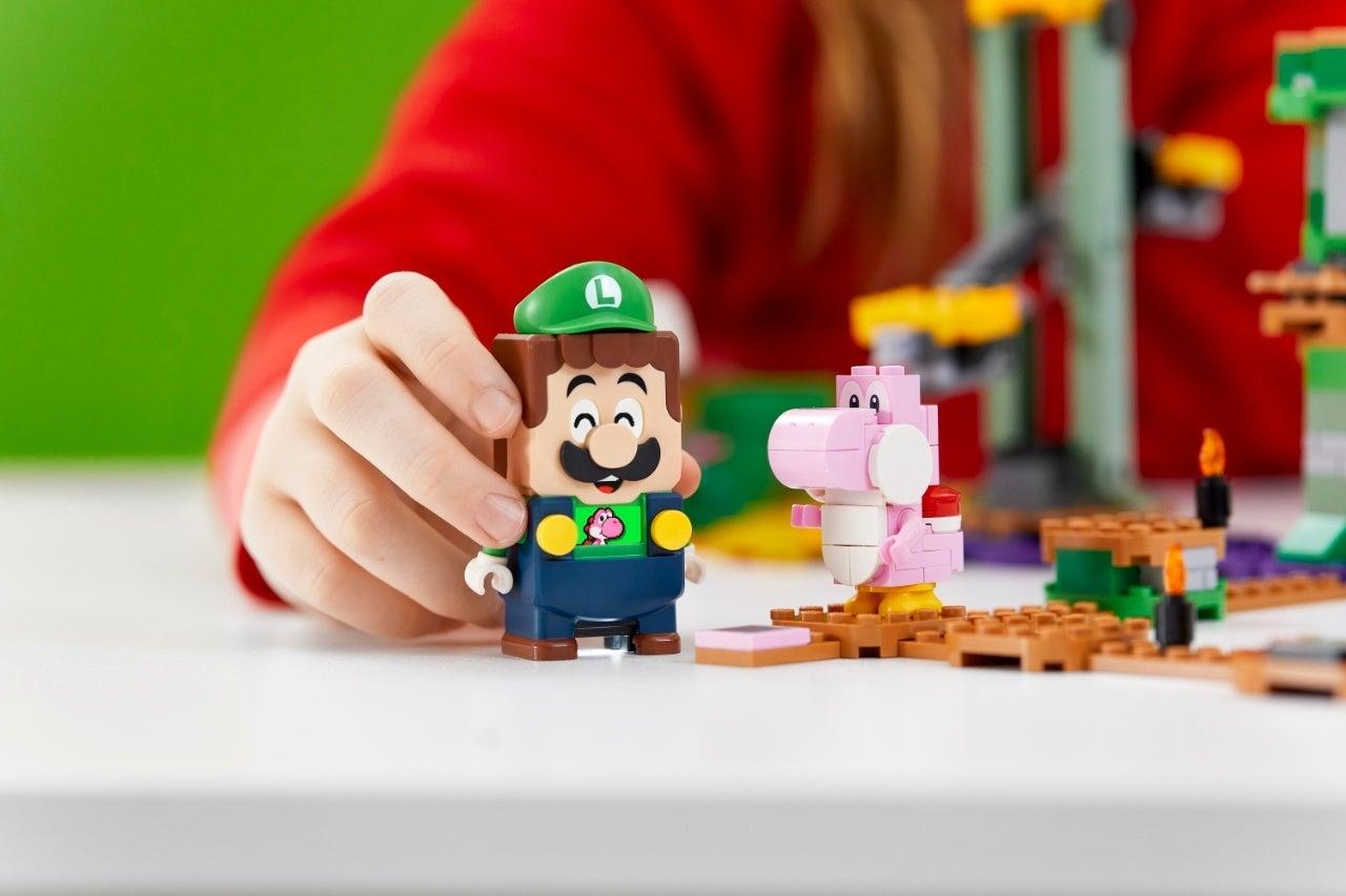 71387_LEGO_Super Mario_2HY21_Reaction_07