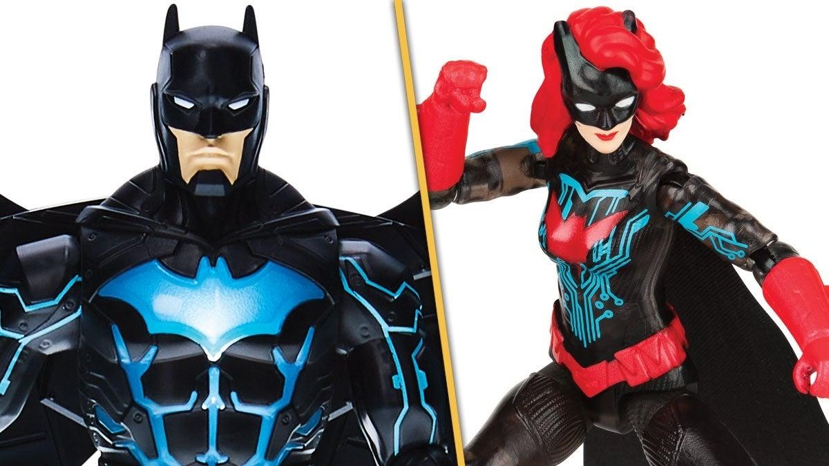 Batman-Bat-Tech-Deluxe-Figure-Batwoman-Header