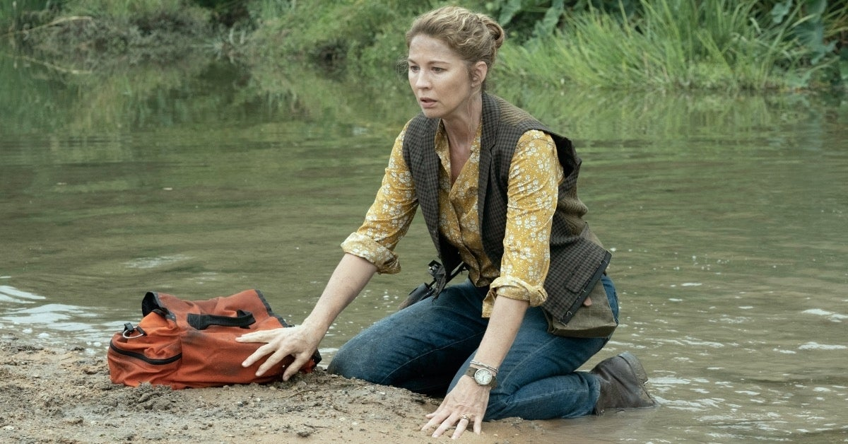 Fear the Walking Dead June Dorie Jenna Elfman