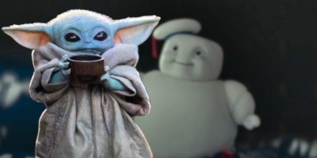 Star Wars Baby Yoda vs Ghostbusters Stay Puft Marshmallow Men