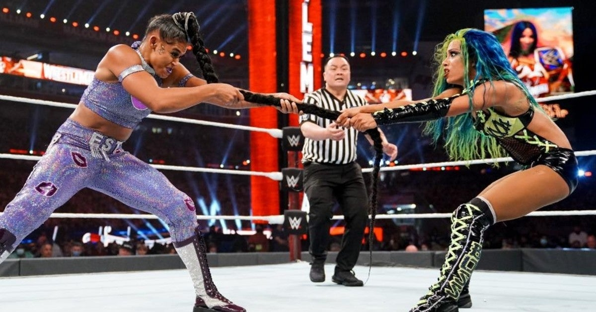 WWE-Bianca-Belair-Sasha-Banks-WrestleMania-Hair