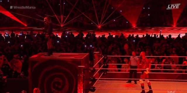 WWE Red Lights