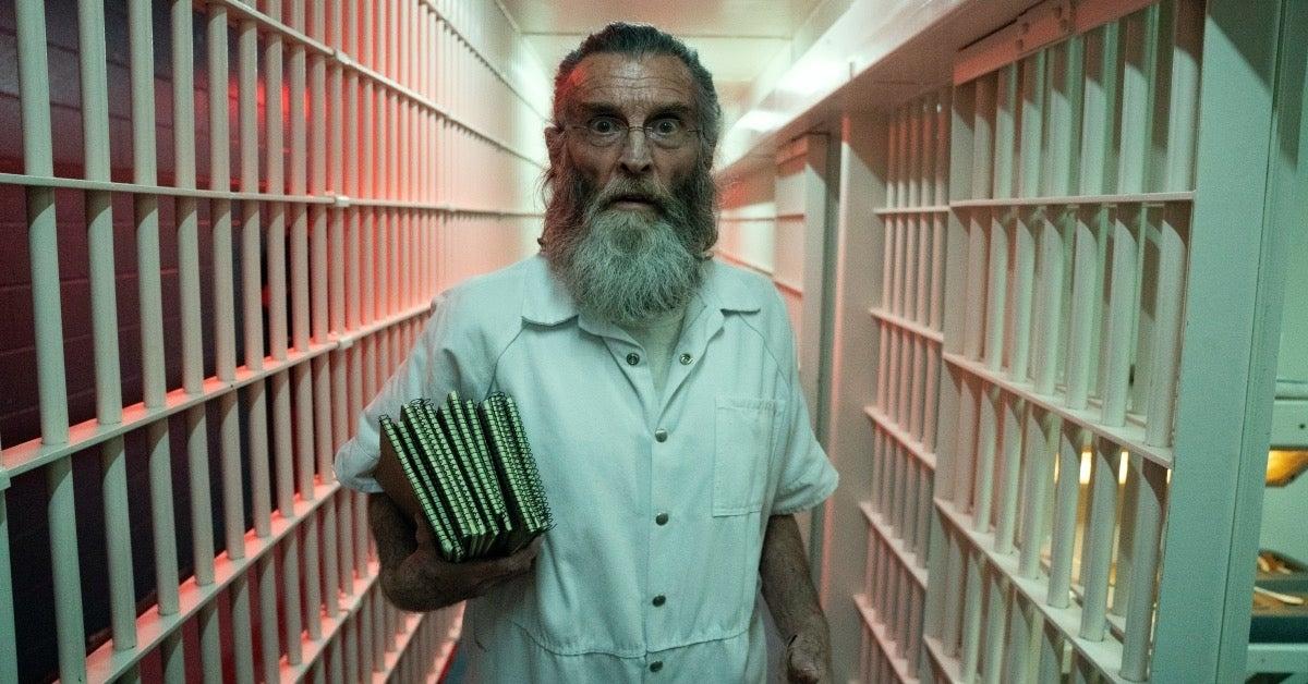 Fear the Walking Dead Teddy prison 614 Mother
