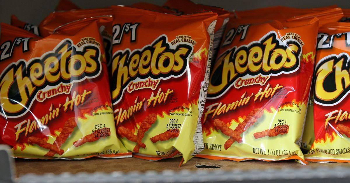 flamin hot cheetos
