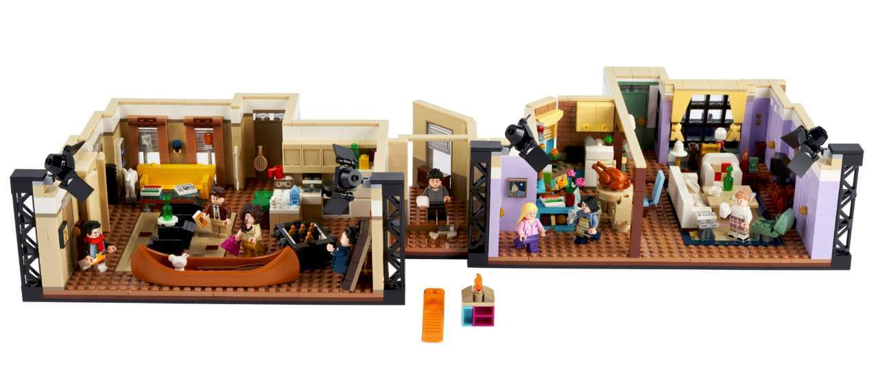 Friends Apartments LEGO 2021-05-11 at 11.08.34 AM