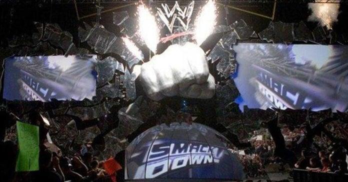 Retro-SmackDown-Fist