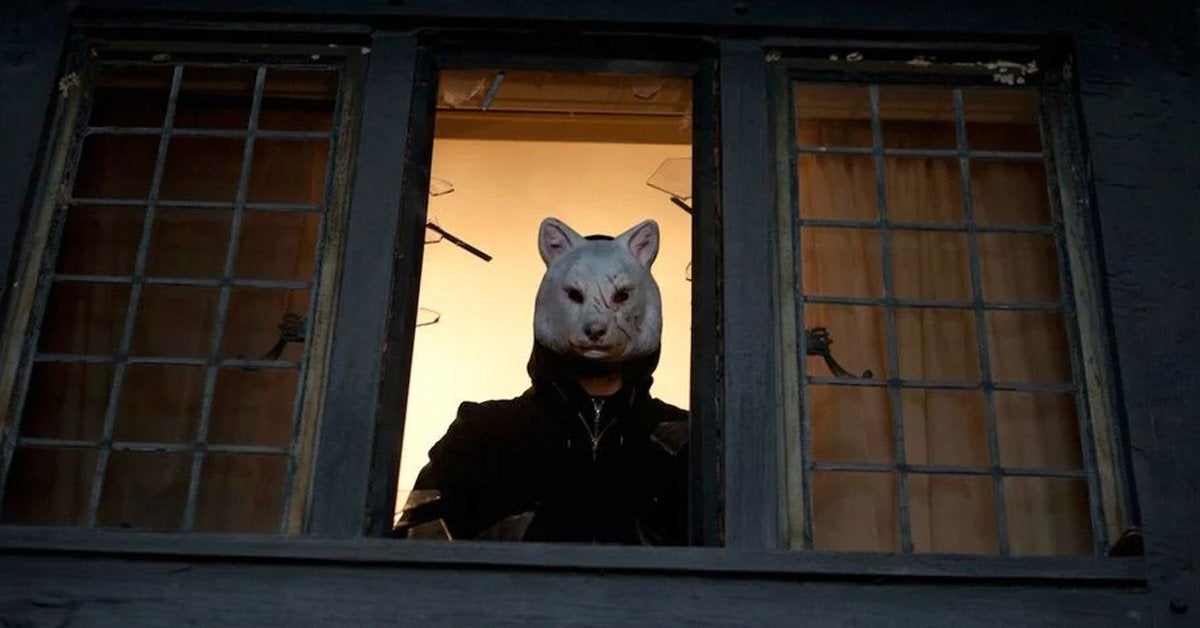 you're next movie wolf mask 2013