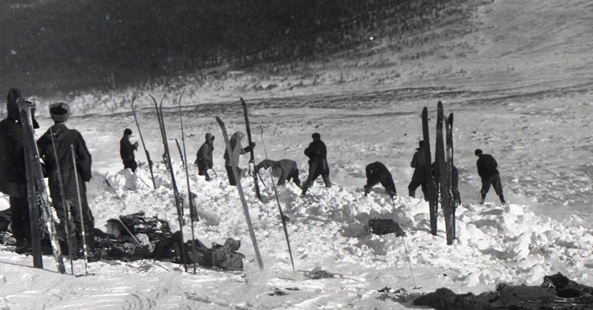 an unknown compelling force avalanche theory dyatlov pass incident