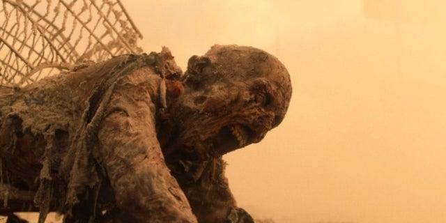 Fear the Walking Dead Season 7 first look nuclear zombie