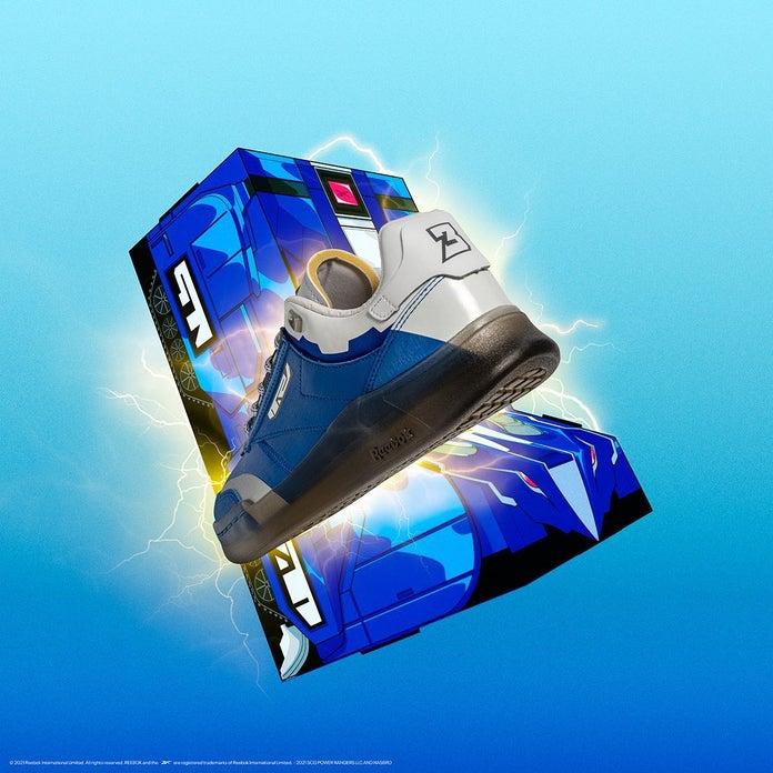 Power-Rangers-Reebok-Club-C-Blue-Ranger-1