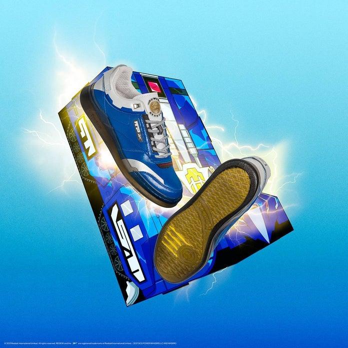 Power-Rangers-Reebok-Club-C-Blue-Ranger-2