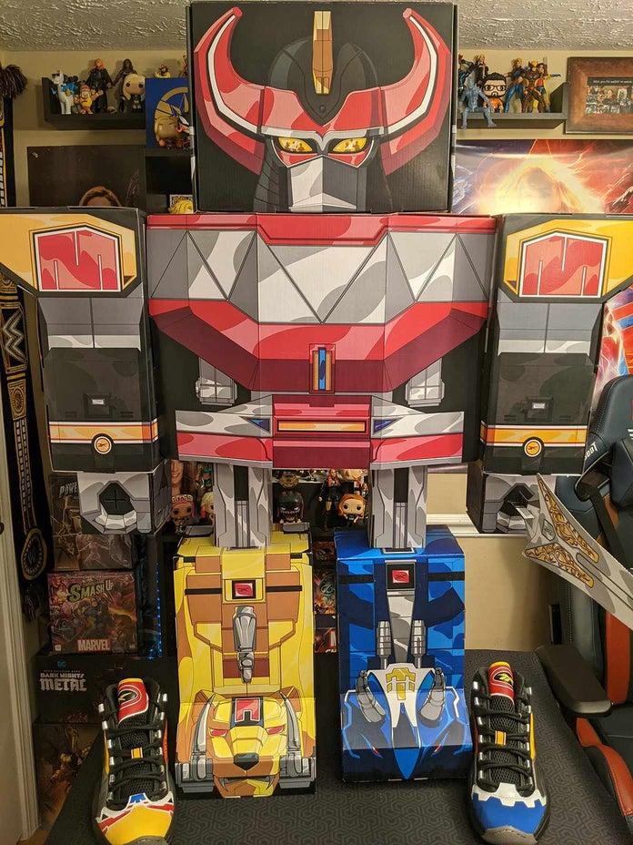 Power-Rangers-Reebok-Megazord-Build-1