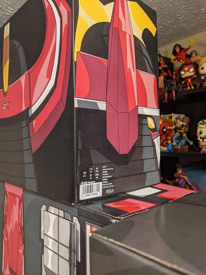 Power-Rangers-Reebok-Megazord-Build-5