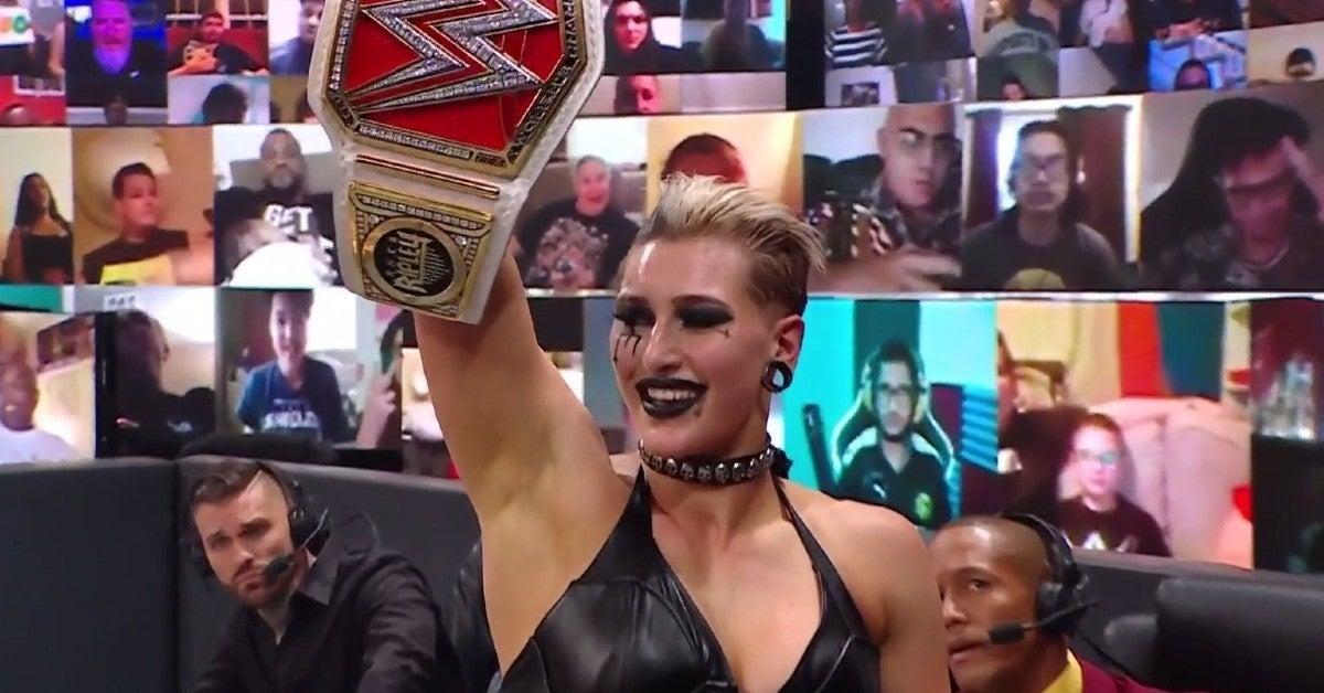 WWE-Hell-in-a-Cell-Rhea-Ripley