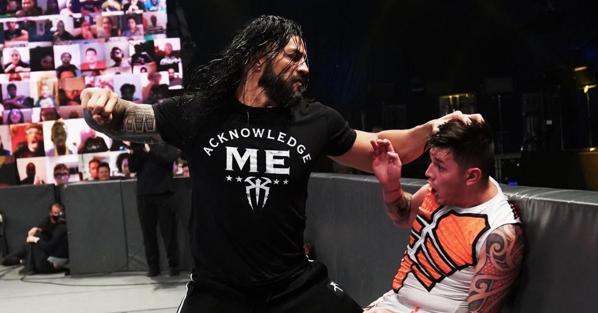 WWE-Roman-Reigns-Dominik-Mysterio-SmackDown