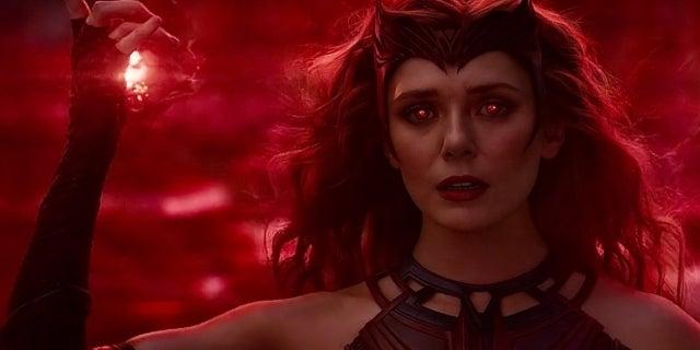 Elizabeth Olsen Scarlet Witch