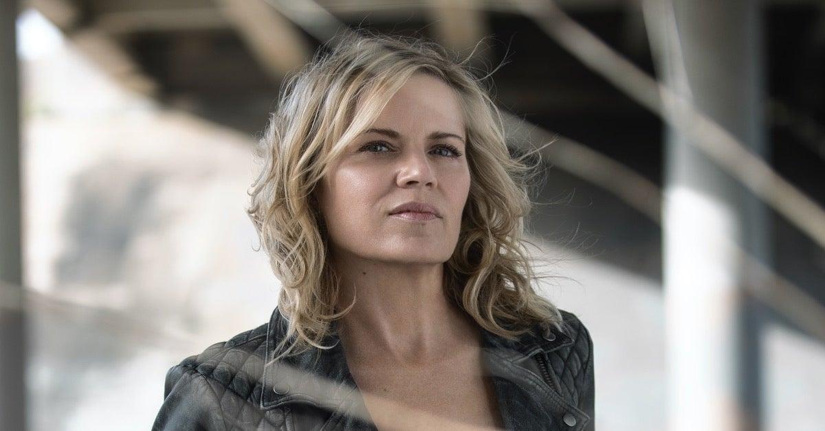 Fear the Walking Dead Madison Clark Kim Dickens