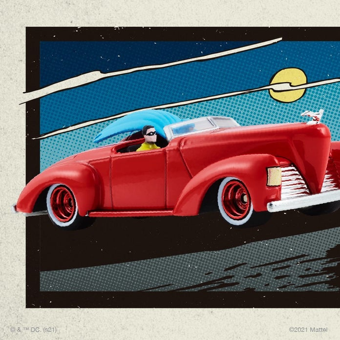 Hot-Wheels-Batman-Batmobile-4