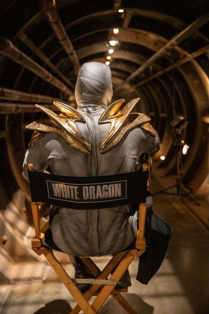 Legend-of-the-White-Dragon-2