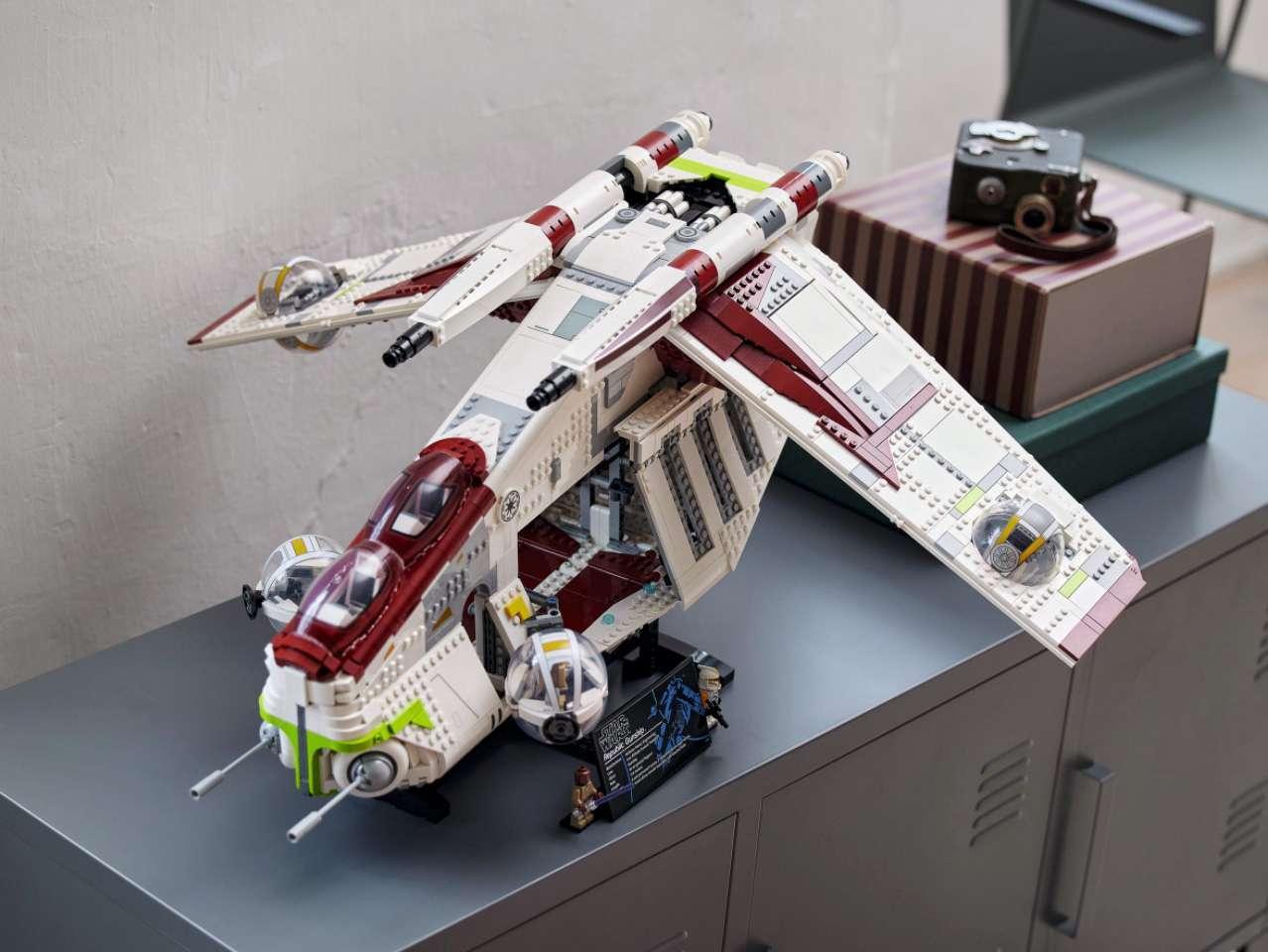 lego-gunship-3