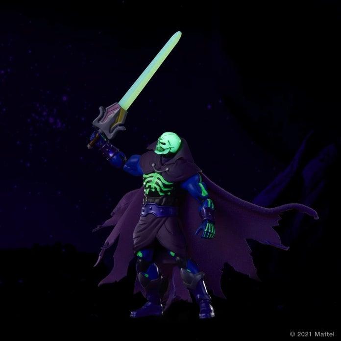 Masters-of-the-Universe-Masterverse-Revelation-Scare-Glow-3