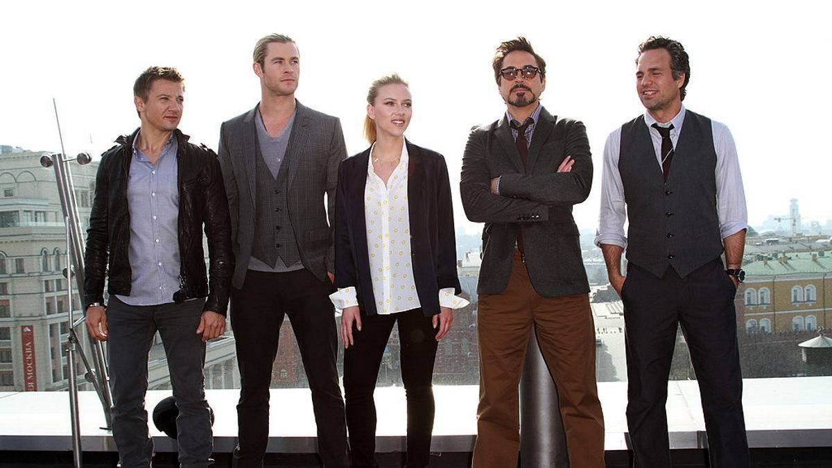 Robert Downey Jr RDJ Marvel Avengers Unfollowed Co-Stars