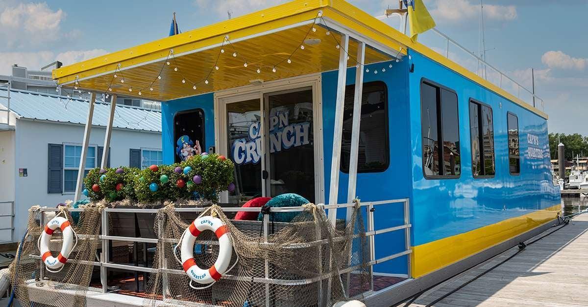 capn crunch houseboat