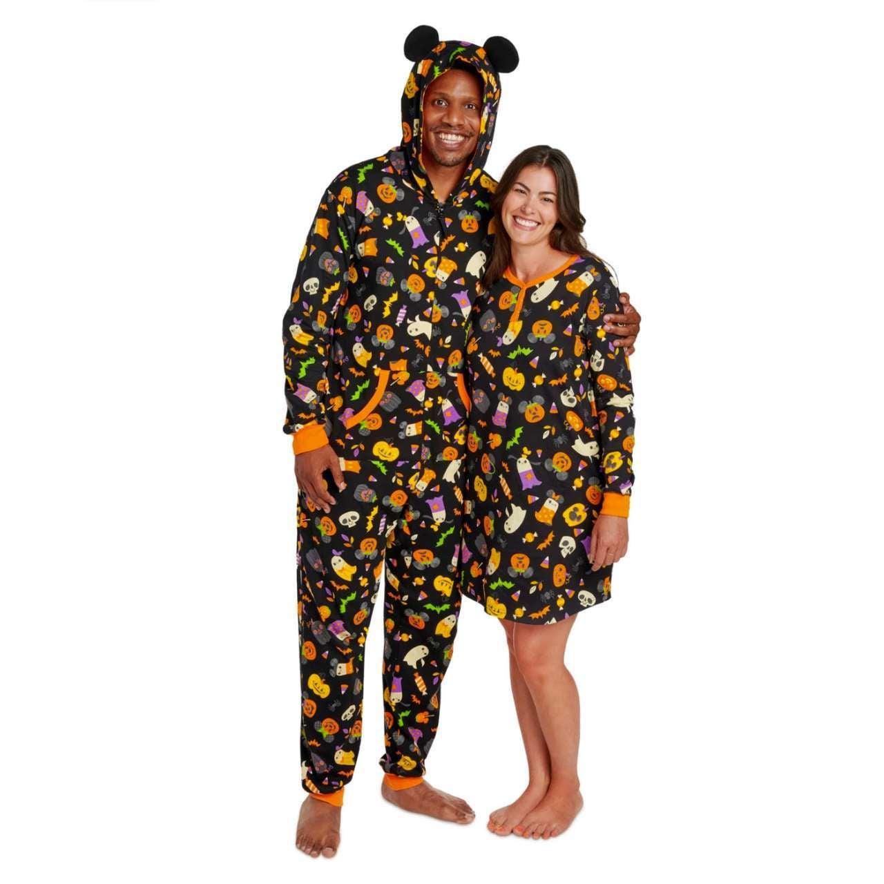 disney-halloween-pajamas