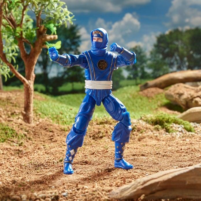 Power-Rangers-Lightning-Collection-Mighty-Morphin-Ninja-Blue-Ranger-04