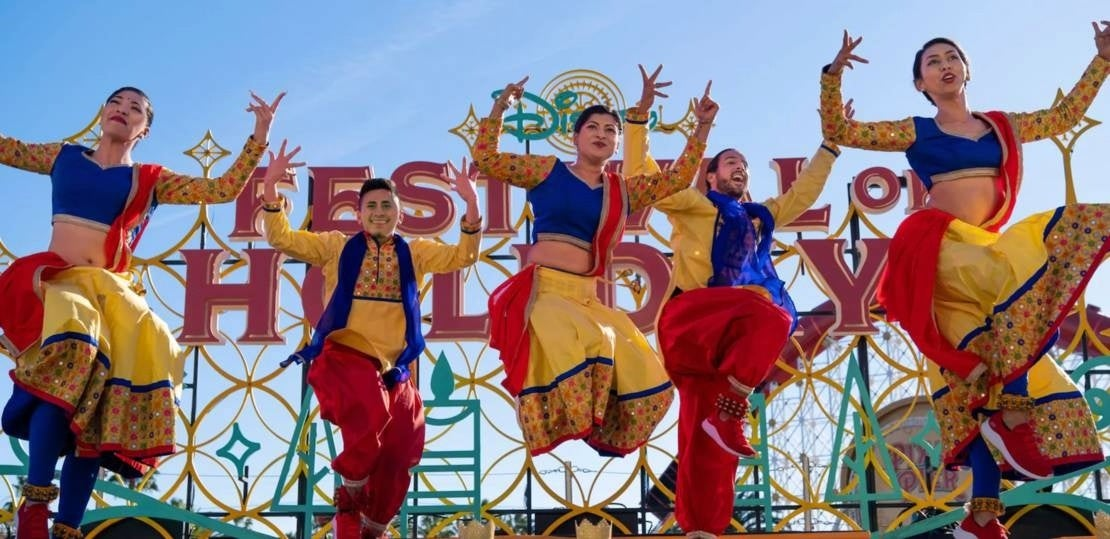disneyland festival holidays