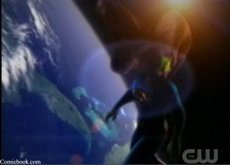 Tom Welling Superman and Earth