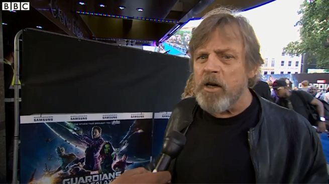 Mark Hamill Has Contractually-Obligated Beard For Star ...