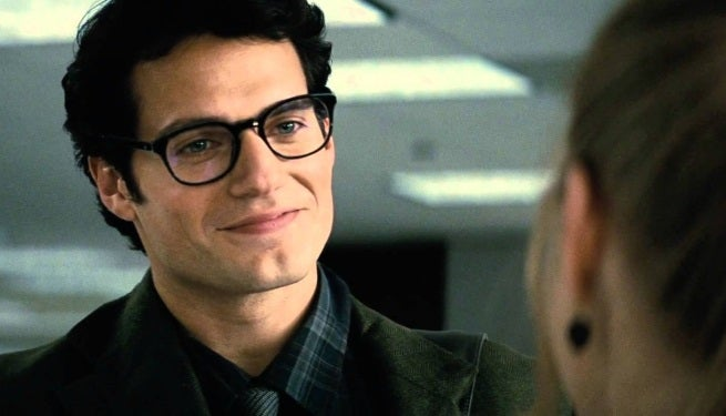 Batman V Superman Henry Cavill As Clark Kent Spotted In Gotham