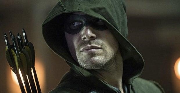 Stephen-Amell-in-Arrow-season-3-episode-1