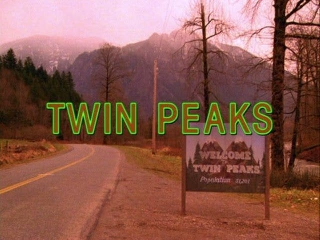 Showtime Still Hopes To Lure David Lynch Back to Twin Peaks