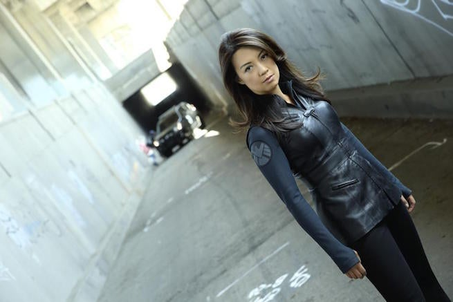 1024px-Agents-of-SHIELD-15