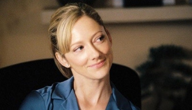 Modern-Family-Judy-Greer-la-Kitty-Sanchez-d-Arrested-Development-au-casting portrait w532