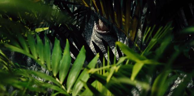 jurassic-world-i-rex-eyes