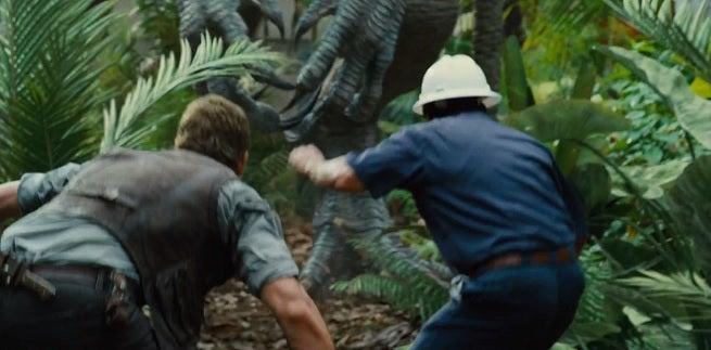 jurassic-world-i-rex-foot-claws