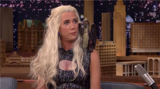Kristen Wiig Plays Khaleesi From Game Of Thrones On The Tonight Show