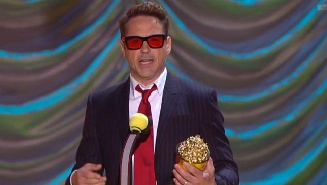 Robert Downey Jr. Receives MTV Generation Award At 2015 MTV Movie Awards
