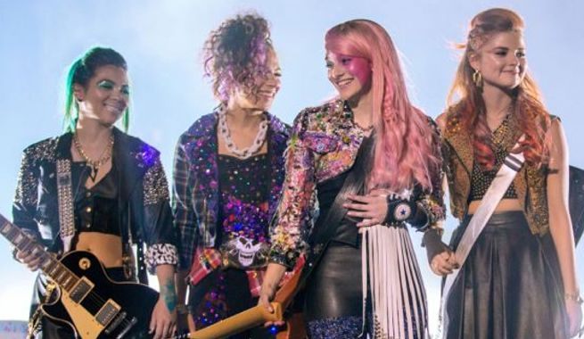 jem-and-the-holograms-image-135275