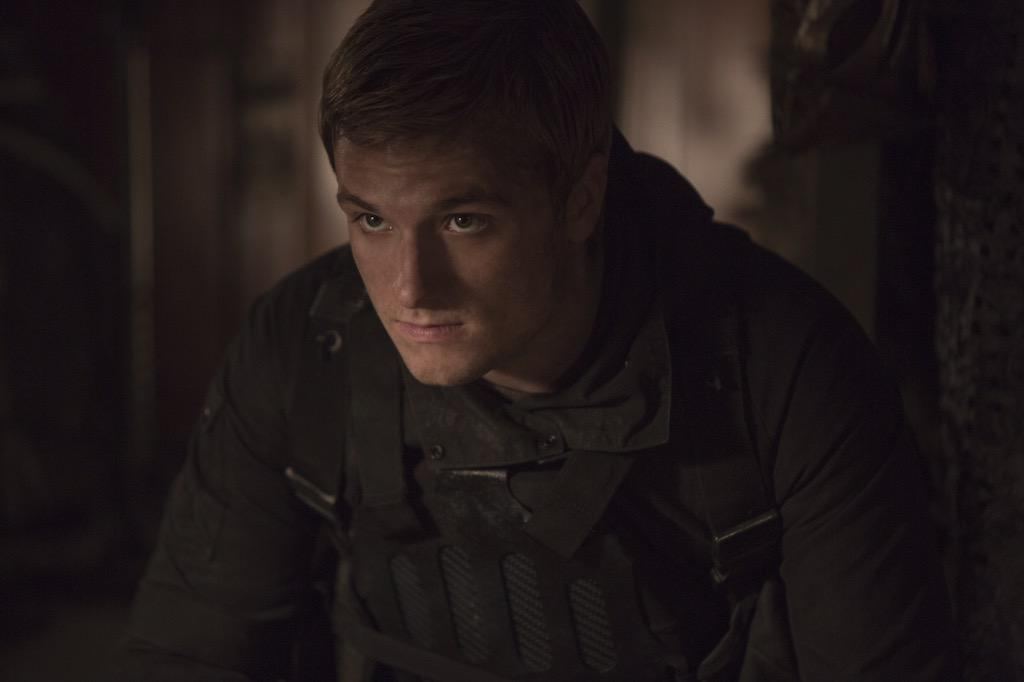 The Hunger Games: Mockingjay Part 2 Releases New Peeta Image