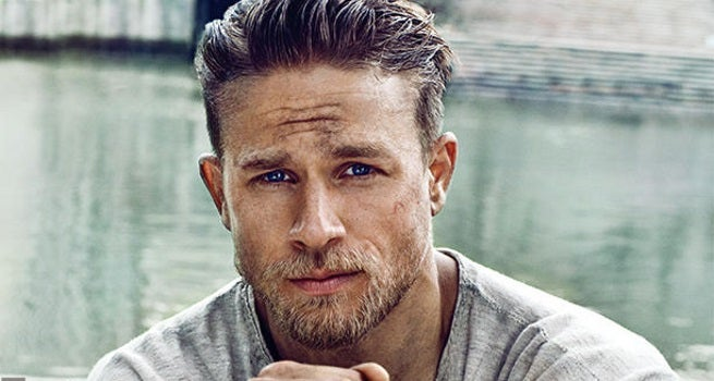 First Look At Pacific Rim S Charlie Hunnam As King Arthur