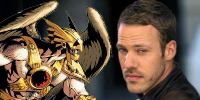 CW-Hawkman vs the Flash and Arrow - YouTube