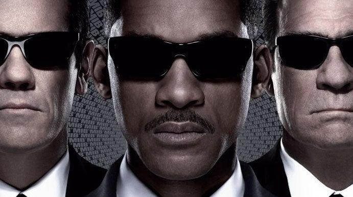 Men-in-Black-3-2012-Movie-Poster2