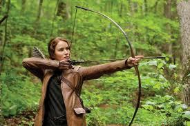 Hunger-Games-Katniss-Shooting